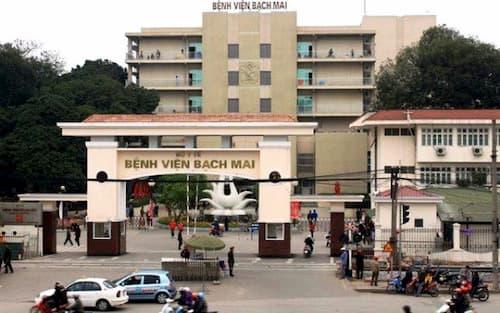 Khám chữa bệnh tại Bệnh viện Bạch Mai